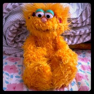 Zoé Sesame Street plush 13-14 inches tall